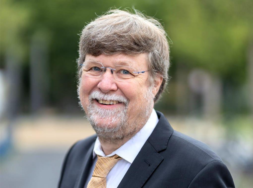 Prof. Stefan Dübel